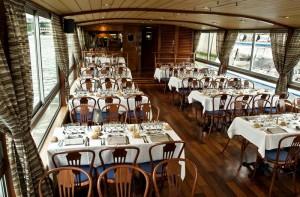 Boot voor dineren en dansen op de Seine 40 tot 95personen