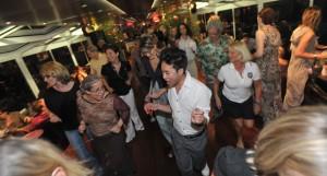 Feestelijke avond met 80's muziek | Dansen op muziek van de jaren 80 met DJ Lextase