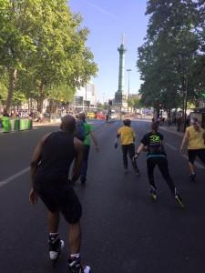 Foto van Lex van Buuren in Parijs tijdens het skaten
