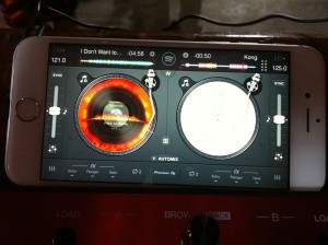 DJ Lextase mobiele iPhone Disc Jockey