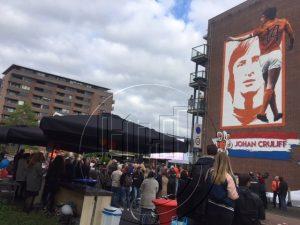 Arrangementn voor groepen in Amsterdam-Oost met Lex and the City - Muurschildering Johan Cruyff