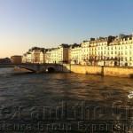 Lunch cruise op de Seine als onderdeel van een relatie evenement in Parijs
