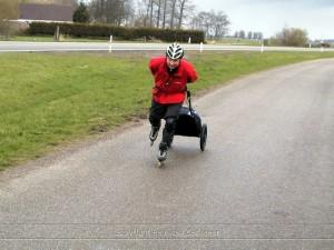 Lex van Buuren met zijn Wheelie in Friesland, elfstedentocht :)