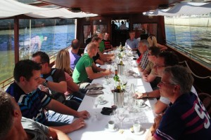 Winetasting at River Seine with Private Boat Teambuilding Paris Teamgame