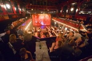 Cabaret in Parijs voor uw bedrijfsevent met Lex and the City