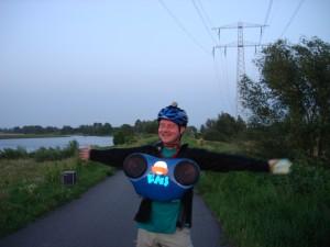 DJ Lextase blij op IJburg met FNS