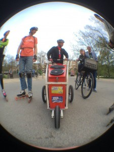 DJ Lextase in Amsterdam with the music buggy in flow