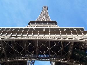 Eiffeltoren op via de trappen, 700 stuks (1e verdieping: maar 428)