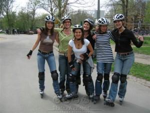 Skateles Amsterdam Vrijgezellenfeest voor dames in het Vondelpark met Lex and the City