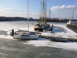 Ice on IJburg in Amsterdam-East - The Dutch ready for skating on ice - march2018