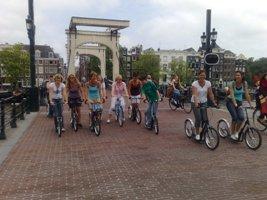 Steppen in Amsterdam is een leuk en sportief uitje voor een groep - Met Lex and the City