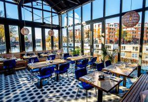 Eten in Amsterdam Oost aan het water - In de patio of op het terras - De Kop van Oost