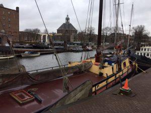Lex and the City stadstour in Oosterdok en op de Oostelijke Eilanden en Entrepotdok - Hier Kromhout werf