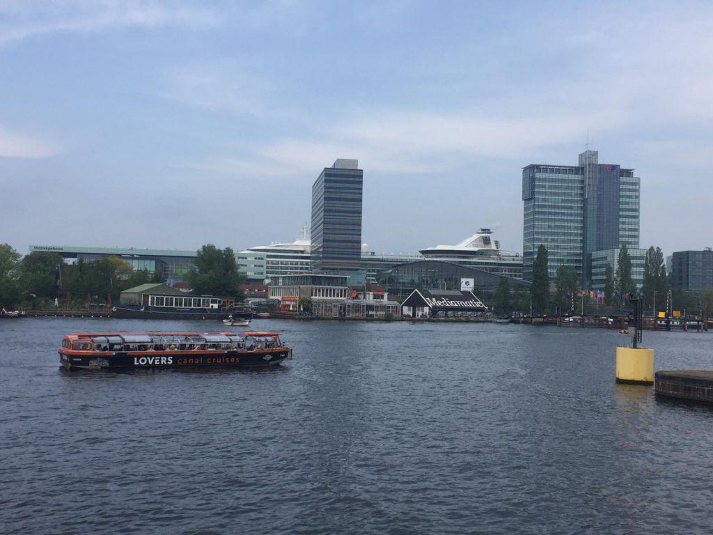 stadstour oosterdok amsterdam - bootje varen