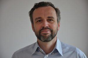 Stefanus Potman van Aqqii maakt en onderhoudt webwinkels vanuit Parijs.