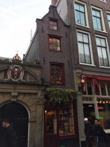 La plus petite maison d'Amsterdam - Visites privées à Amsterdam avec ce guide francophone local
