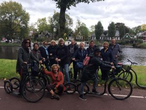 Steppen met de groep in Amsterdam-Noord met Lex and the City tours