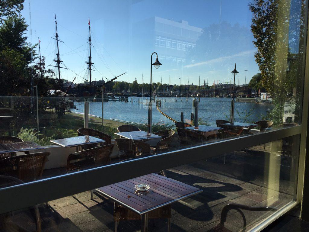 Het marineterrein in Amsterdam loont zich goed voor privé stadswandelingen met een innovatief karakter.