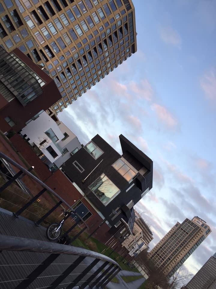 Tours in nieuw Amsterdam in Oost - Amstelkwartier en Bajes kwartier en State en Kop Weespertrekvaart - Lex and the City Oost
