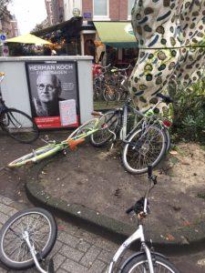 Trendy wandeling en fietstour de Pijp in Amsterdam - Gerard Douplein - Nightlife