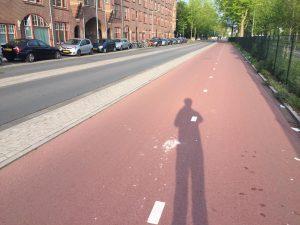 Lex van Buuren van Skate-A-Round en Lex and the City legt uit hoe je streetwise wordt op inline skates in de city.
