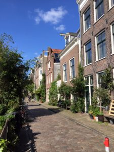 Local private tour guide in Amsterdam | French speaking as well: Lexplore the city.