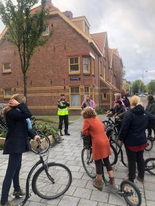 Looking for hidden gems in Amsterdam North on the footbike with the business group