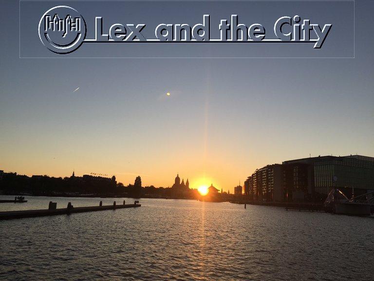 Oosterdokseiland in Amsterdam als centrale locatie voor een actief bedrijfsuitje met thema-tours met Lex-and-the-City.