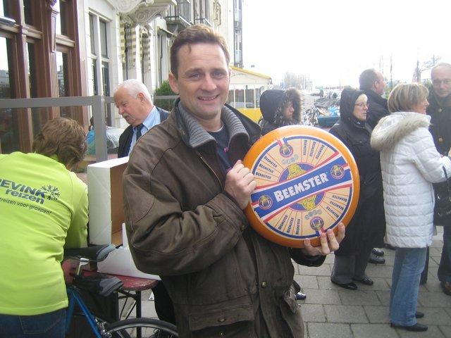 Le Monde de Beemster - Gesponsorde fietstour in-Amsterdam - Langs de kaaswinkels in Mokum met Lex and the City
