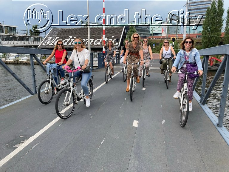 Active part of a hen party - Private tour - unexplored Amsterdam by bike, looking for hidden gems.