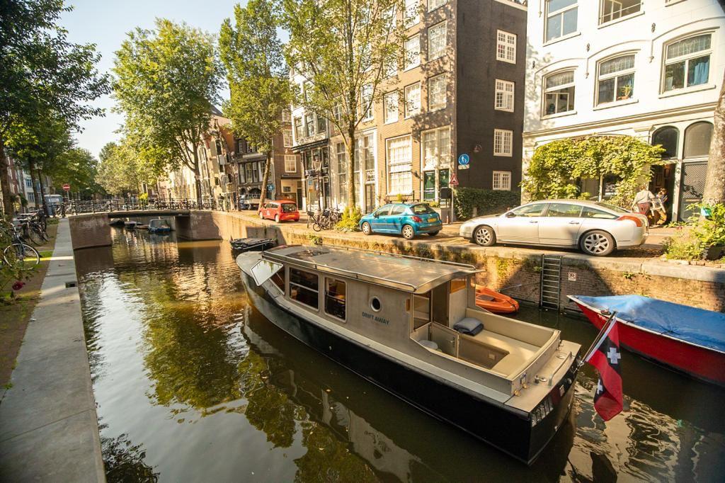 bateau privé à amsterdam électrique - experience verte - visites guidés avec Lex and the City - Circuits insolites dans la capitale des Pays-Bas